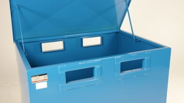 Cityramp Kaas BTC 07 avatava põhjaga konteinerile 700L